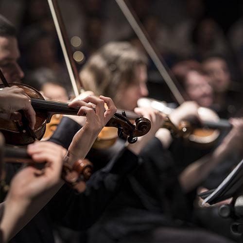 szimfonikus-zenekart